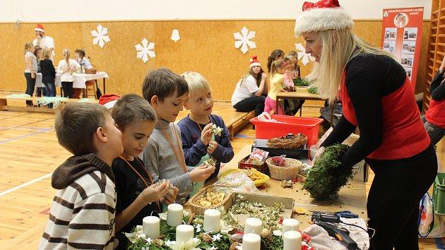 Akce Vánoce na Hané a Valašsku, která má děti seznámit s regionálními vánočními tradicemi, se během dvou dní v TyMy centru zúčastnilo přes čtyři sta dětí.