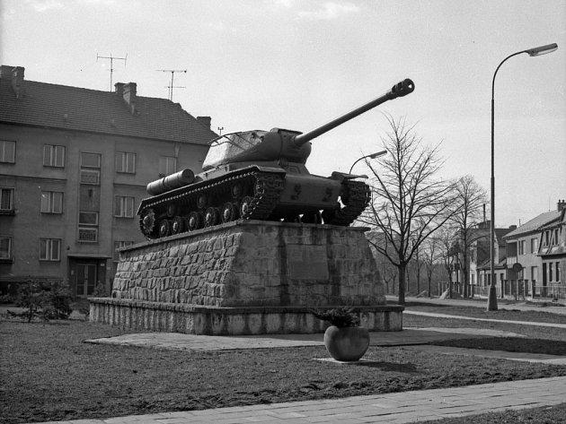Některé z památníků připomínající druhou světovou válku z Kroměříže zmizely.