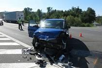 Při nehodě u Střílek, během níž nedal ve čtvrtek 17, září řidič přednost autu na hlavní silnici, se naštěstí nikomu nic nestalo.