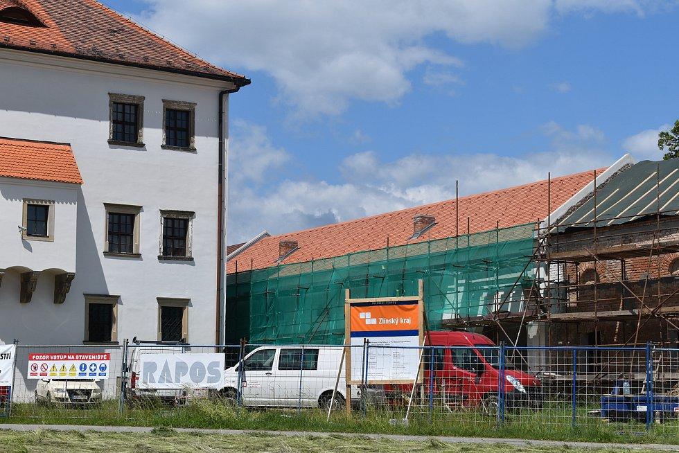 Rekonstrukce rymického hospodářského dvora, červen 2020