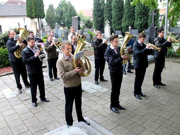 V Břestě uctili památku padlým hrdinům za druhé Světové války.