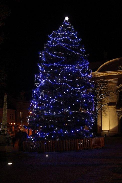 Vánoční strom 2020 v Uherském Brodě