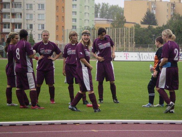 Holešovské hráčky zaskočily domácí Přerov a v poháru jsou dál.