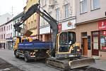 STAVEBNÍ RUCH. Zahájena byla II. etapa oprav vodovodu a kanalizace ve Vodní ulici v Kroměříži.