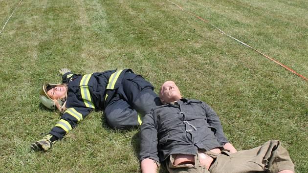 Soutěž prasklický železný hasič probíhala v disciplínách simulace zásahové činnosti.