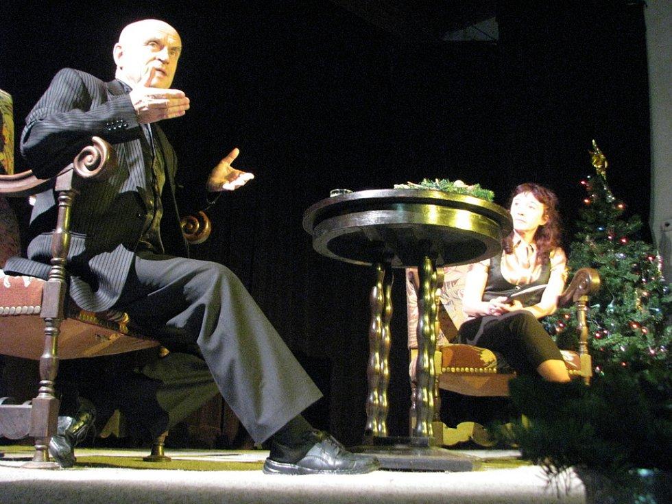 V Klubu Starý pivovar v Kroměříži besedoval v úterý 16. prosince 2008 herec Bořivoj Navrátil.