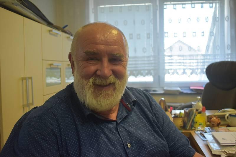 Chvalčov, starosta Antonín Stodůlka.