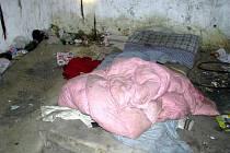 V noci na neděli 27. března 2011 vyrazili kroměřížští strážníci zkontrolovat místa, kde přespávají bezdomovci.
