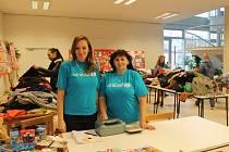 V kroměřížském Domu Kultury uspořádali bazar oblečení pro UNICEF.