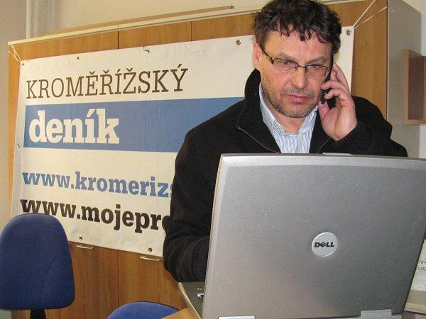 Ředitel Domu kultury vKroměříži, Jiří Králík, při on-line rozhvoru vredakci Kroměřížského deníku.