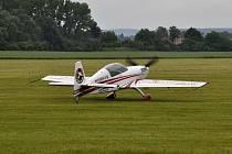 Letiště v Kroměříži hostilo od 19. do 21. června mistrovství republiky v motorové letecké akrobacii, k vidění tak byli přední čeští letečtí akrobaté.