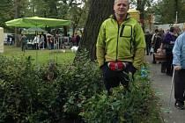 Robert Hustý je jediným pěstitelem borůvek na Moravě.