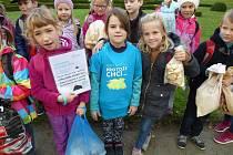 Letos už pošesté se v říjnu Církevní ZŠ v Kroměříži zapojila do dobrovolnického projektu nazvaného 72 hodin