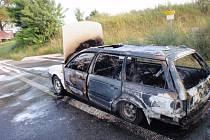 Na ul. Kojetínská došlo k rozsáhlému požáru osobního auta.