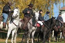 Hubertova jízda na ukončení jezdecké sezony v Prusinovicích