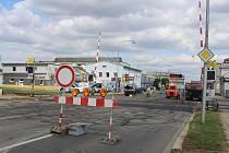 Ještě v  pondělí 28. srpna byla kroměřížská ulice Hulínská pro řidiče uzavřená.