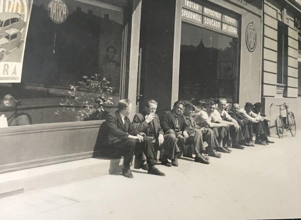 Historie firmy Magneton sahá do roku 1926.