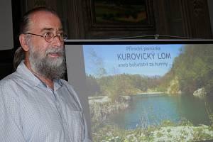 Přednáška o Kurovickém lomu.