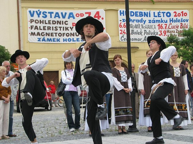 Jubilejní desátý ročník Týdne židovské kultury odstartoval v neděli 25. července 2010 v Holešově.