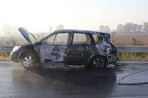Požár auta u Hulína