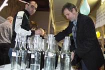 V Koryčanech se v sobotu 25. února 2012 konal čtvrtý ročník koštu pálenek. Vzorků se tam sešlo necelých šest stovek.