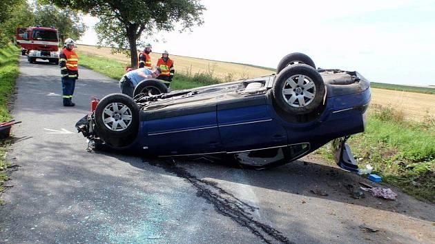 Havárie osobního auta u obce Troubky-Zdislavice