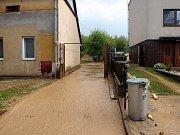 Kvůli bouřkám, které na Kroměřížsku v sobotu 13. května řádily, se lidé potýkali s velkým krupobitím i vytopenými sklepy.