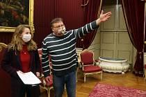 Nové průvodkyně se školí na kroměřížském zámku
