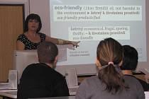 V kroměřížské Střední škole podnikatelské a Vyšší odborné škole se 3. března 2011 konala prezentace nového anglického výkladového slovníku Oxford