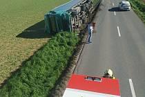Autonehoda u Zahnašovic na Kroměřížsku, 10. května 2021.