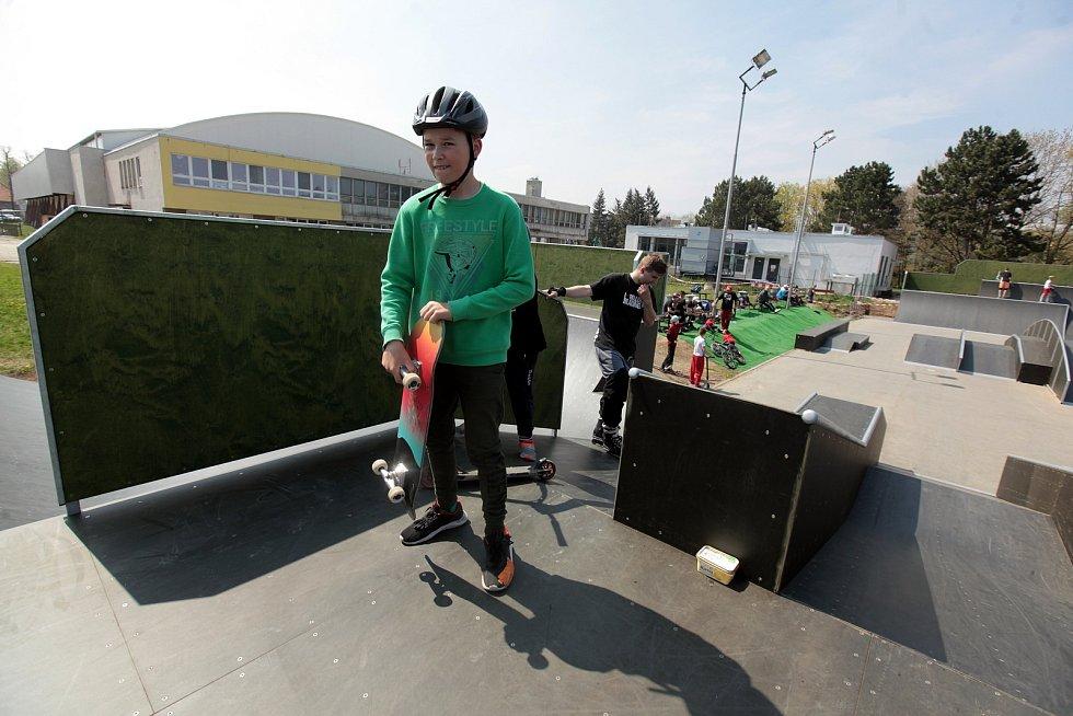 Nově otevřený skatepark v Obvodově ulici v Kroměříži.