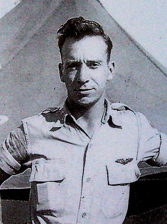 70 let loni uplynulo od letecké bitvy nad oblastí Hané, při níž přišel v srpnu 1944 u Věžek na Kroměřížsku o život americký pilot James E. Hoffman (na snímku).
