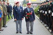 V Kroměříži patřilo středeční ráno památce rumunských vojáků, kteří padli při osvobozování města na konci druhé světové války. Pietního aktu se zúčastnili zastupitelé města i rumunská velvyslankyně.