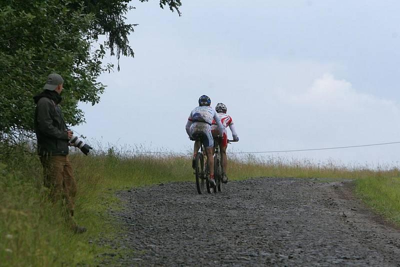 V sobotu se jel přes Hostýnské vrchy 18. ročník bikemaratonu Drásal. V hlavním závodu dlouhém 115 kilometrů s převýšením 3200 metrů vyhrál Jan Hruška.