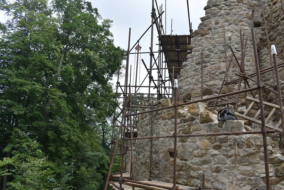 Zřícenina hradu Cimburk, srpen 2021.