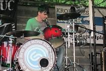 Víkend patřil v Morkovicích všem milovníkům hudby. Konal se tam totiž multižánrový hudební festival MÁJ a Les. Krásné počasí do areálu Cihlovny přilákalo stovky návštěvníků.