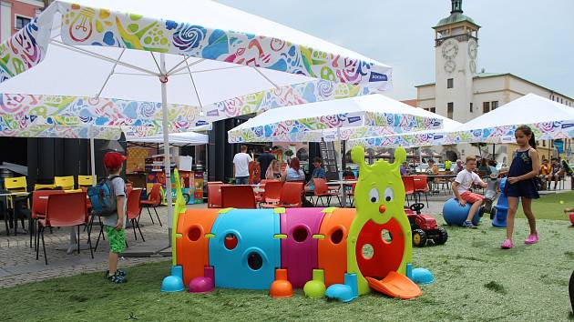 Relaxační zóna na Velkém náměstí v Kroměříži