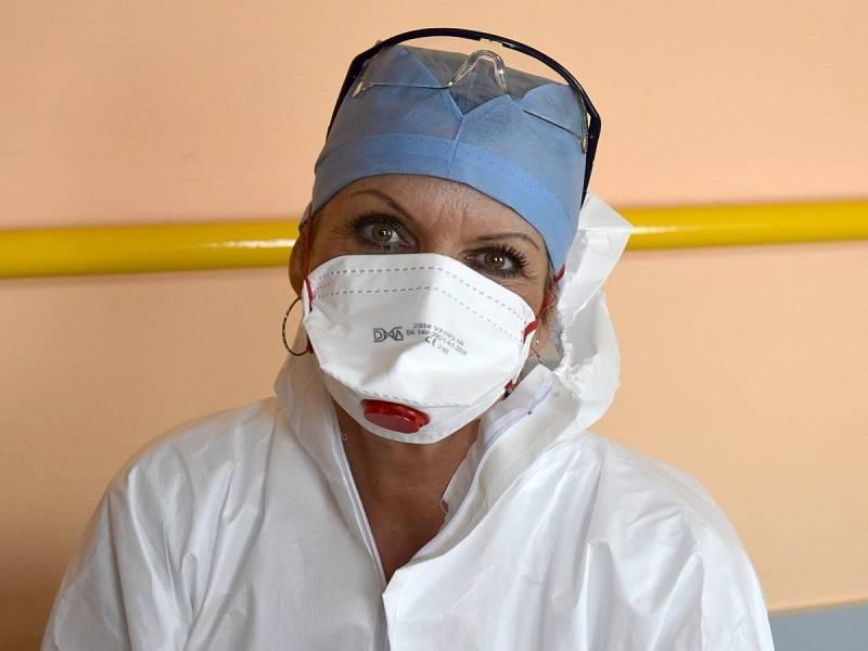 Ošetřovatelka v Kroměřížské nemocnici Iveta Hodoušová