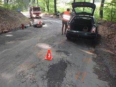 K nehodě mladé motorkářky a osobního auta došlo v sobotu 6.8. nedaleko oblíbeného výletního místa Bunč.