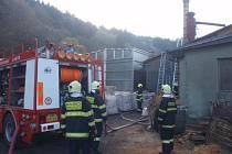 Hasiči zakročili proti ohni včas a díky tomu zabránili rozšíření požáru a půlmilionové škodě.