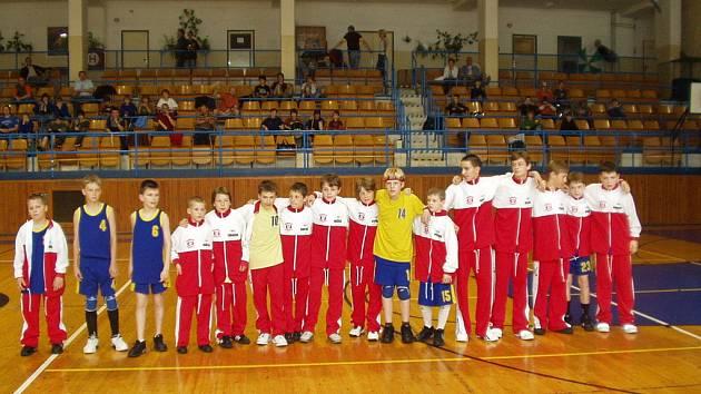 Mladí basketbalisté Slavie Kroměříž dokázali konkurovat nejlepším.