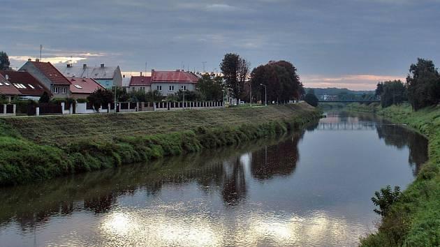 Řeka Morava v Kroměříži. Ilustrační foto.