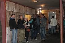 Festival Máj A Les se uskutečnil 16. a 17. května v Morkovicích v areálu Cihelna. Ani deštivé počasí neodradilo milovníky hudby. Z kapel vystoupili mimo jiné například Elektrick Mann nebo Hannibal Lecter.