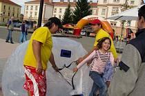 V Kroměříži na Hanáckém náměstí se v pátek 17. září 2010 konal závod v in-line bruslení.