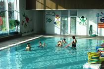 Plavecký bazén v Kroměříži. Ilustrační foto.