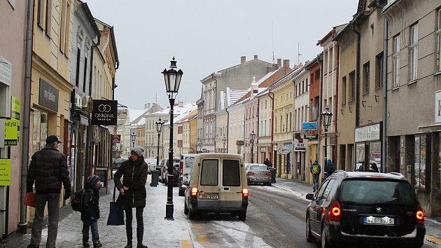 Přestože si ještě minulý týden provozovatelé sjezdovek na Kroměřížsku stěžovali na příliš teplé počasí, v polovině ledna přišel zvrat v podobě sněhové pokrývky a teplot pod bodem mrazu.