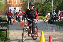 V kroměřížské Základní škole Zachar se konal už zhruba osmý ročník olympiády bezpečné jízdy.
