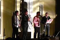 V rámci mezinárodního festivalu Musica Holešov 2013 vystoupili na holešovském zámku Clarinet Factory s Petrem Niklem.