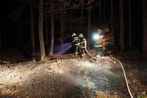 Požár lesa u obce Přílepy na Kroměřížsku.