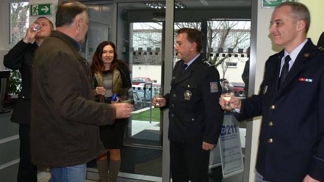 Oficiální otevření nově zrekonstruovaných vstupních prostor kroměřížské policie v Březinově ulici.